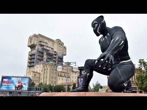 Marvel Summer of Super Heroes at Disneyland Paris w/ Black Panther, Iron Man, Hulk GIANT Figures