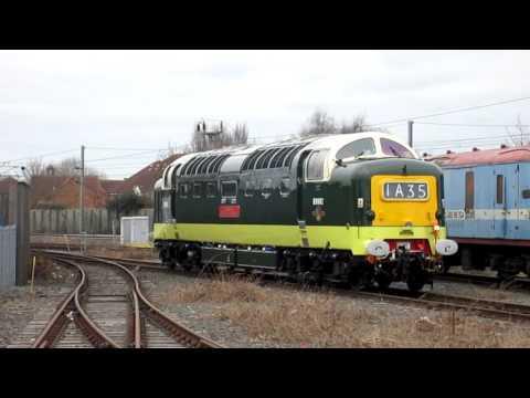 KOYLI D9002 Deltic arriving in York, 23/3/16