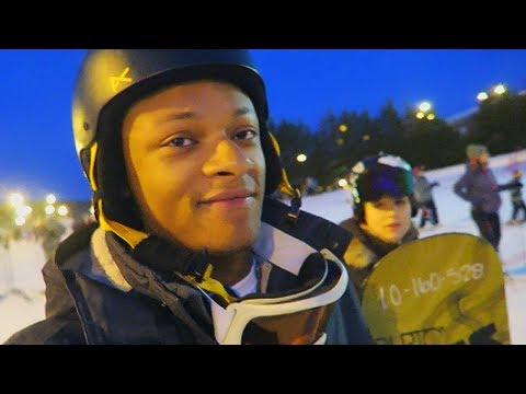 Snowboarding For the First Time! (FAIL)