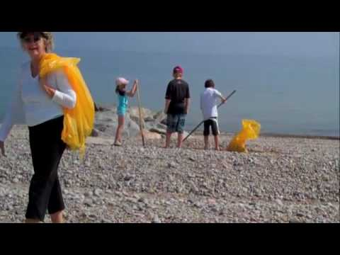 Planetpals beach cleanup