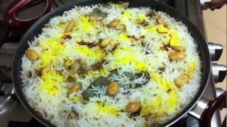 Hyderabadi Chicken Biryani ~ By momzkitchen