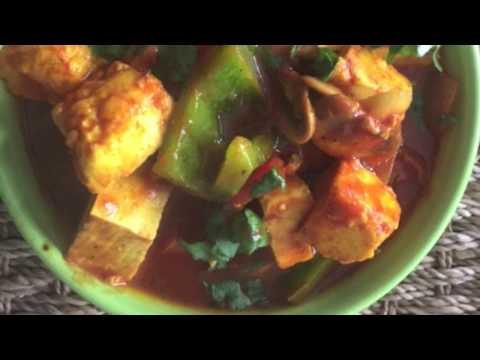Tasty Paneer Shimla Mirch Curry Recipe - Hindi Recipe Video