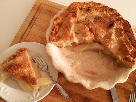 Pear Pie: Delicious, Easy and Rustic