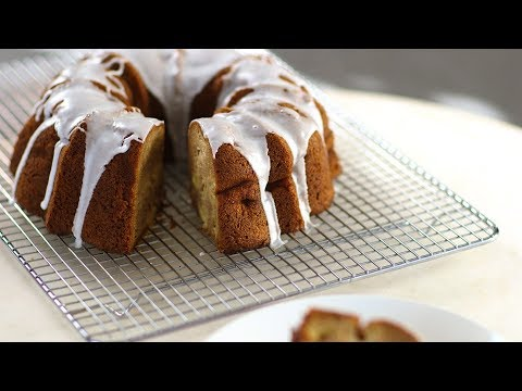 Apple-Cinnamon Bundt Cake- Everyday Food with Sarah Carey