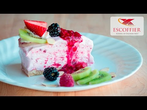 How To Make Frozen Berry Chantilly Cake
