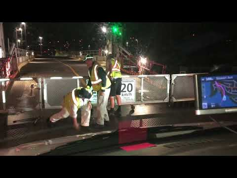 BC Ferries workers trying to open a locked Padlock - Mr. Locksmith Video