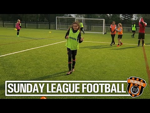 Sunday League Football - HERE COME THE GIRLS!