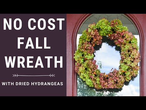 Easy Fall wreath with dried Hydrangeas - Whats Ur Home Story