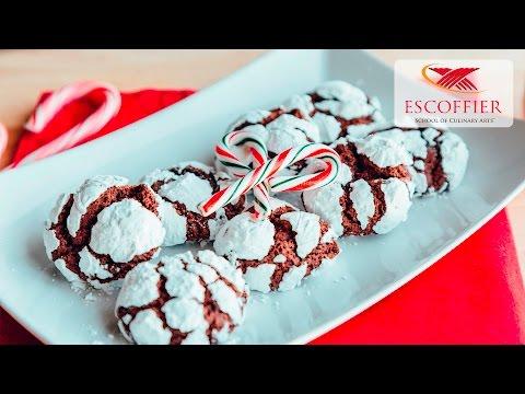 How To Make Chocolate Crinkle Cookies