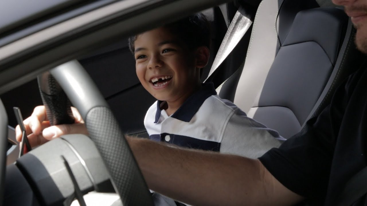 7 Year Old Lamborghini Fan Gets a Birthday Surprise