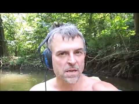 River Searching: I Found A Lost Backpack!