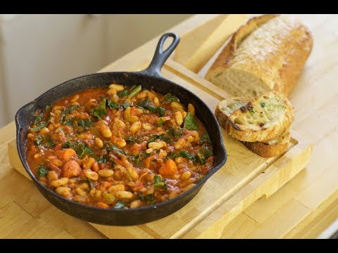 Tuscan Cannellini Bean Stew with Garlic Toast (vegetarian)