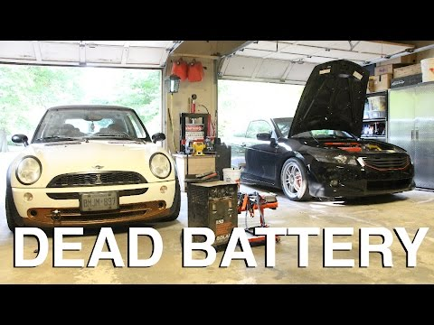 How to Start a Car with a Dead Battery (4 WAYS)