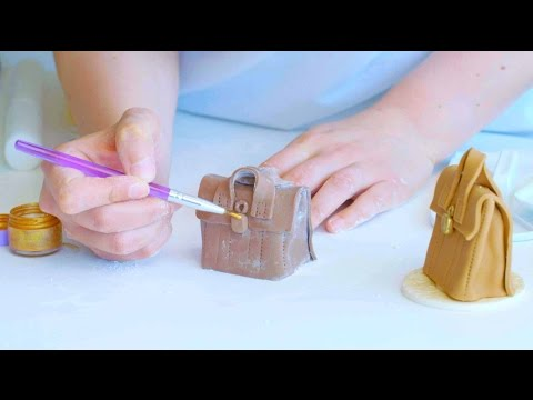Simple sugar models for decorating cakes | Cake Creations