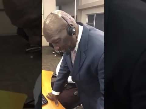 South African Minister of police take 10111 calls