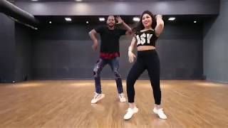 Luka Chuppi: Tu Laung Main Elaachi | Kartik Aaryan, Kriti Sanon | Tulsi Kumar | Tanishk Bagchi