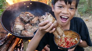 Primitive Technology - Kili Cooking pork rib and eating delicious Part 030