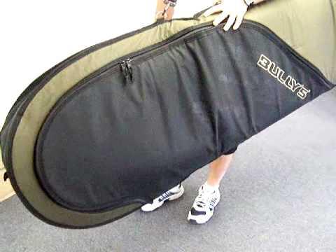 Bullys Surfboard Bag demonstration