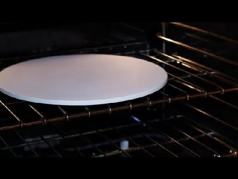 How to Heat a Pizza Stone on Top of the Stove : Tips for Making Pizza