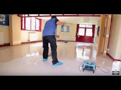 Vinyl floor restoration and Cleaning Cambridge