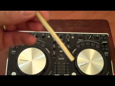 How to remove broken headphone tip from jack.