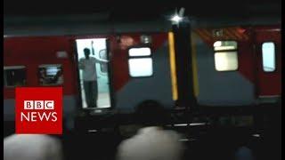 India engineless train scares passengers - BBC News