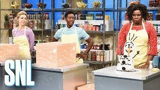 Download Extreme Baking Championship - SNL Video