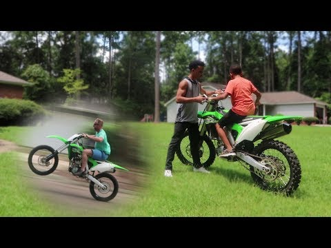 Xxx Mp4 11 Year Old Rides KX250f Wheelies 3gp Sex