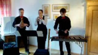 Bitte Video auf dem Pifferari-Kanal ansehen:  https://www.youtube.com/channel/UCVsuyinpqha5KPEFED-NxZw  Zirkus Renz in einer virtuosen Fassung gespielt von den Pifferari di Santo Spirito - Die Pfeifer von Heiliggeist http://www.pifferari.de