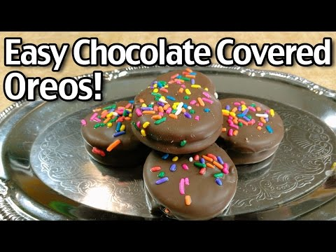 Easy Chocolate Covered Oreos!