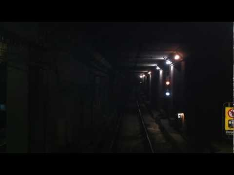 Toronto Subway TTC Union to Bloor on the Yonge line north