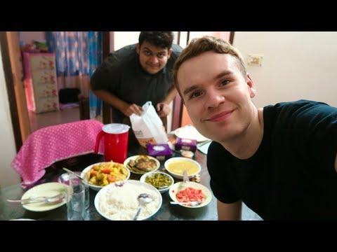 A DAY OF EATING FOOD IN DHAKA, BANGLADESH 🇧🇩
