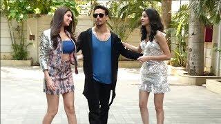 Download Tiger shroff Grand Entry With Co stars Tara Sutaria and Ananya Pandey Video