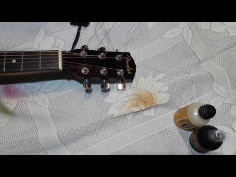 cutting the extra guitar strings without cutter