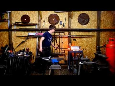 The Alec Steele Show Ep:6 Forging a Horse Head Belt Buckle