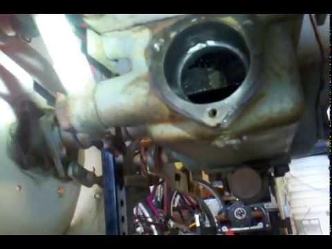 Yanmar YM2000, inside the rear axle.