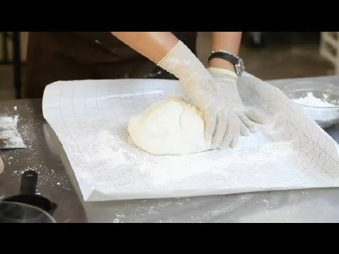 A Fast Way to Make Fondant With Ingredients From Home : Fortune Cookies & More