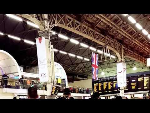 Mok London Victoria coach station 1