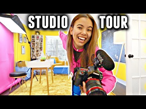 STUDIO TOUR 2018! (Makeup collection, camera equipment & more)✨💛🌼