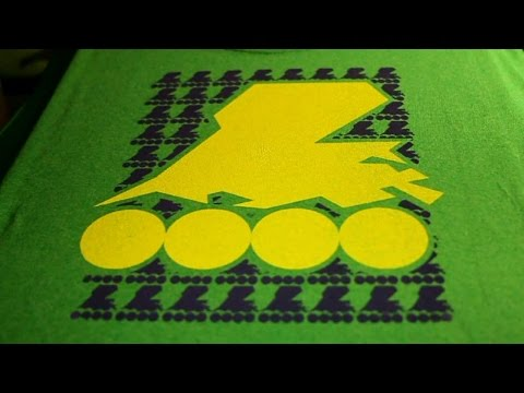 Screen printing 2 colors with help from  YUDU