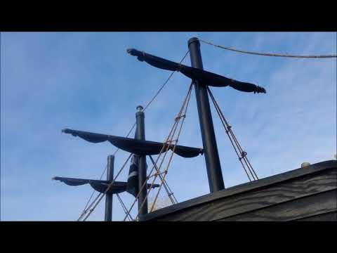 The making of the Black Pearl Pirate ship float