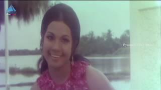 Ulagam Sutrum Valiban Tamil Songs   Pachai Kili Video Song   MG Ramachandran   Latha