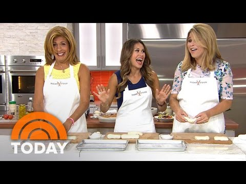 Make Olive Garden-Style Breadsticks And Salad At Home | TODAY