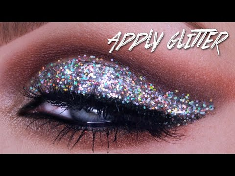 QUICK TIP: HOW TO APPLY MAKEUP GLITTER