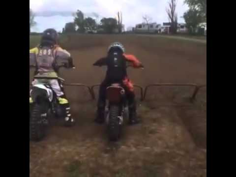 Video Lucu : Motocross out of controll