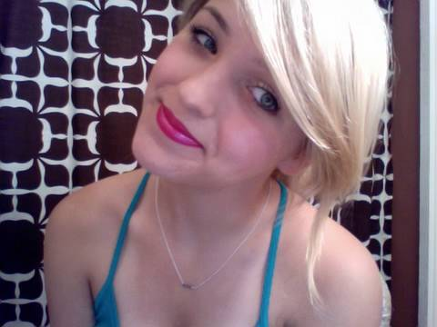 Hot pink lips for summer! (using drugstore lipstick! )