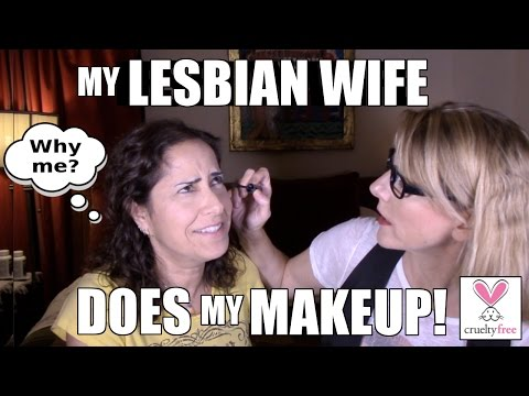 Girlfriend Does My Makeup! - Lesbian Edition - Cruelty Free: Lacie and Robin