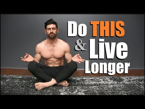 10 Daily Habits EVERYONE Should Do To Live LONGER!