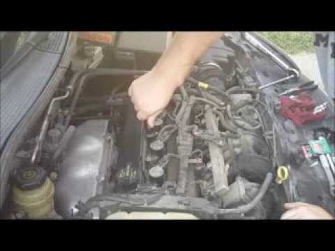 How To Change Spark Plugs (Ford Focus)