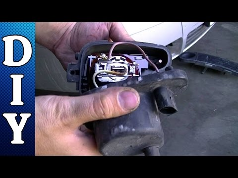 How to Remove and Replace a Fog Light and Bulb - Audi A6